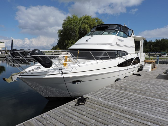 2005 Carver 46 Motor Yacht Photo 6 of 74