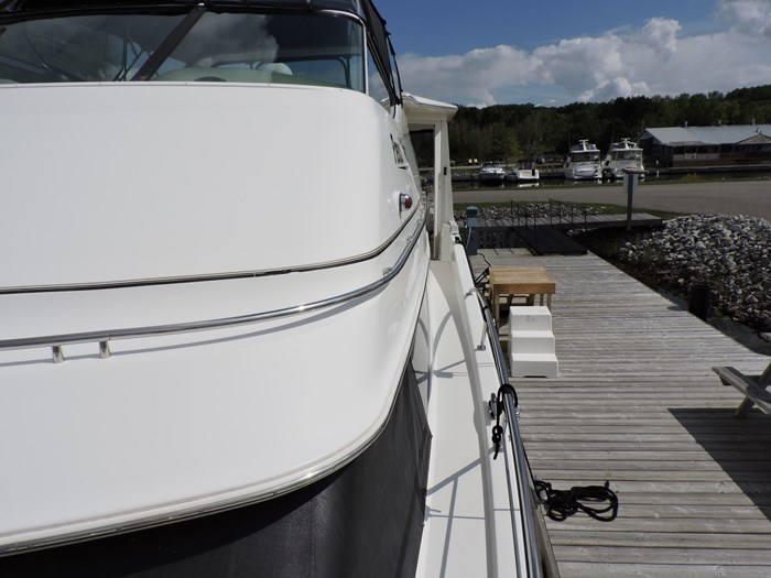 2005 Carver 46 Motor Yacht Photo 12 of 74