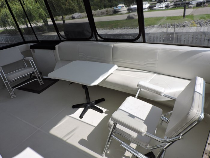 2005 Carver 46 Motor Yacht Photo 14 of 74