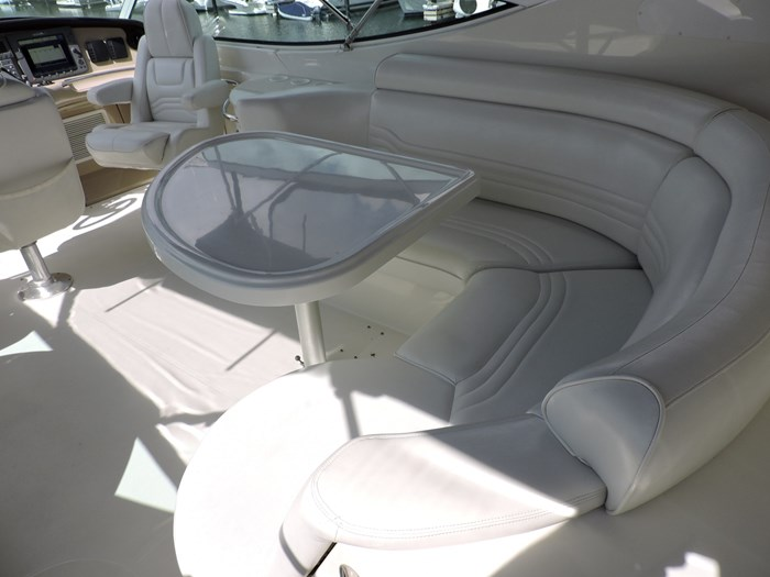 2005 Carver 46 Motor Yacht Photo 23 of 74