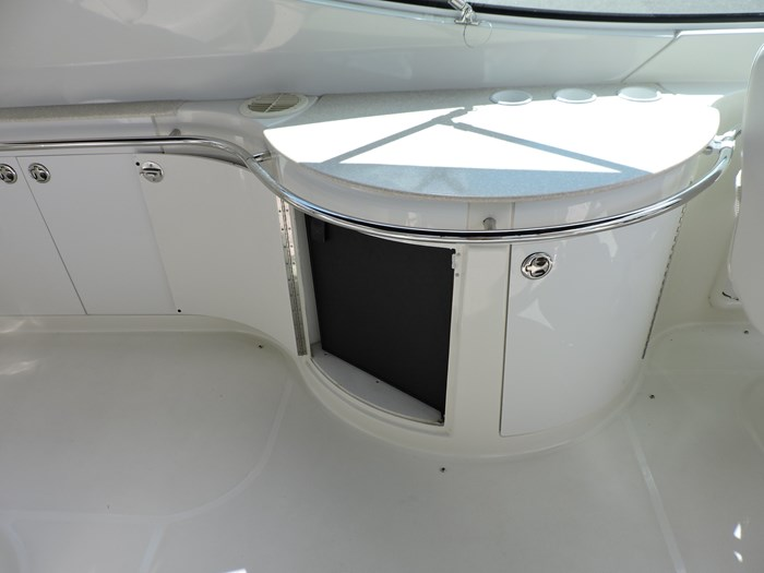 2005 Carver 46 Motor Yacht Photo 25 of 74