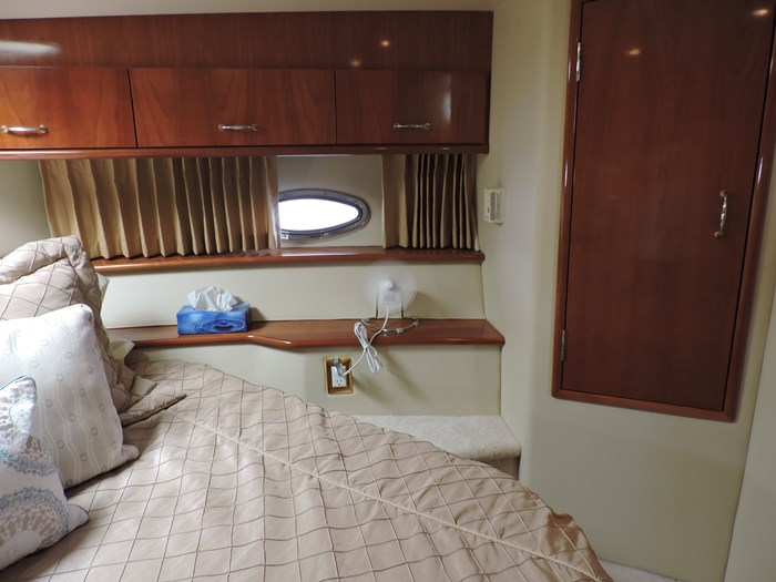 2005 Carver 46 Motor Yacht Photo 65 of 74