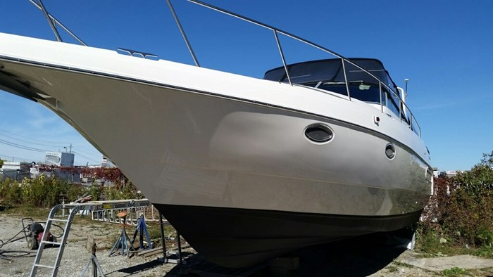 Cruisers Yachts 3570 Esprit 1995 Used Boat For Sale In Oakville Ontario Boatdealers Ca