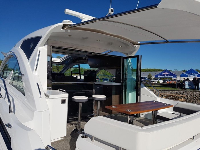 2020 Cruisers Yachts 54 Cantius Photo 9 of 35
