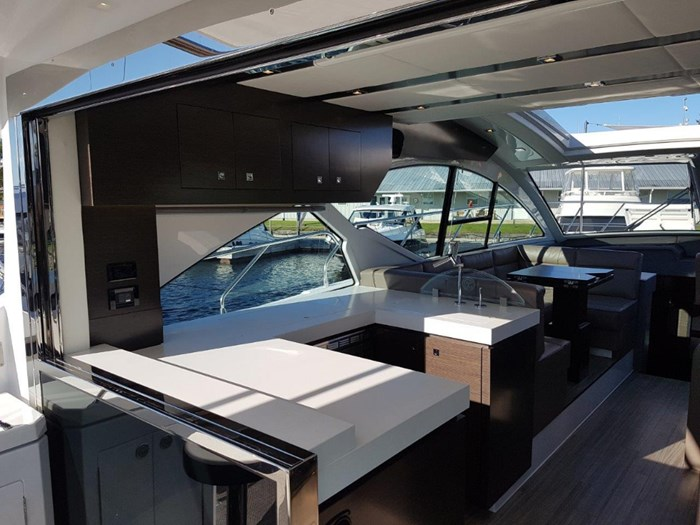 2020 Cruisers Yachts 54 Cantius Photo 12 of 35