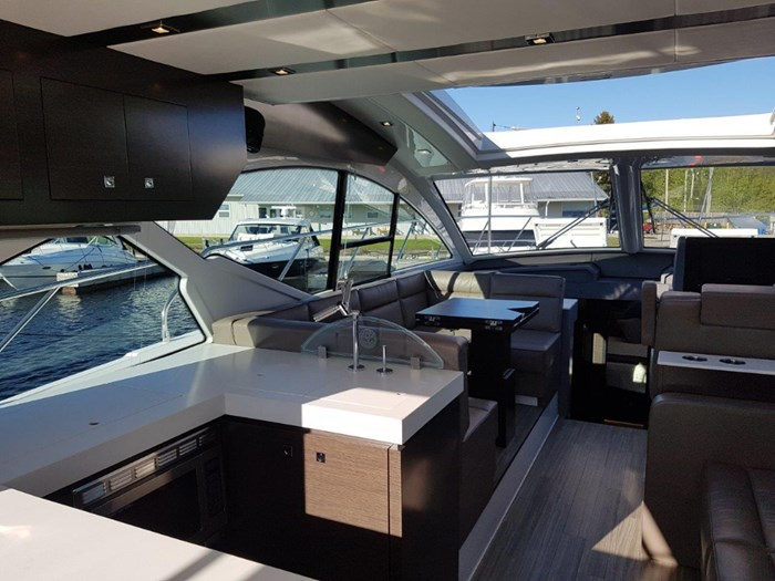 2020 Cruisers Yachts 54 Cantius Photo 14 of 35