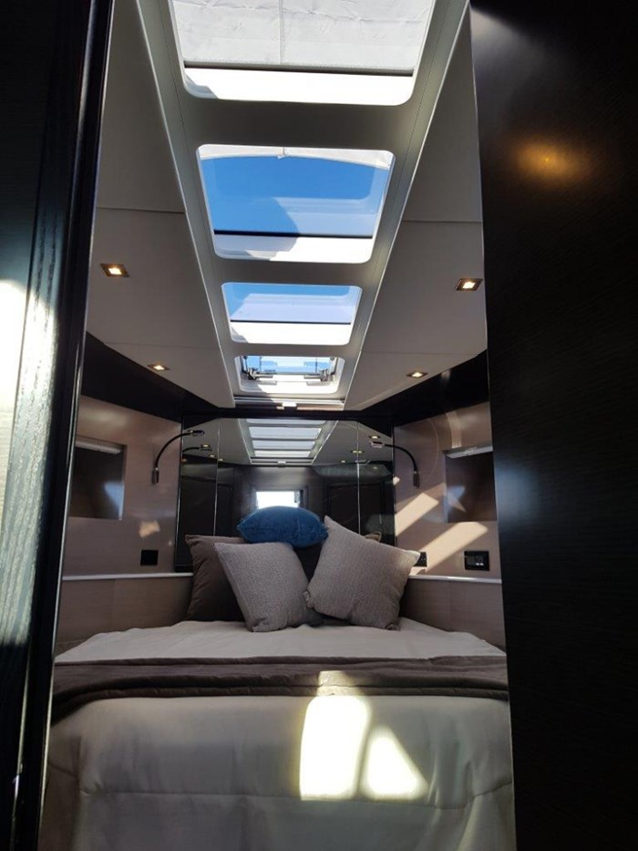 2020 Cruisers Yachts 54 Cantius Photo 25 of 35