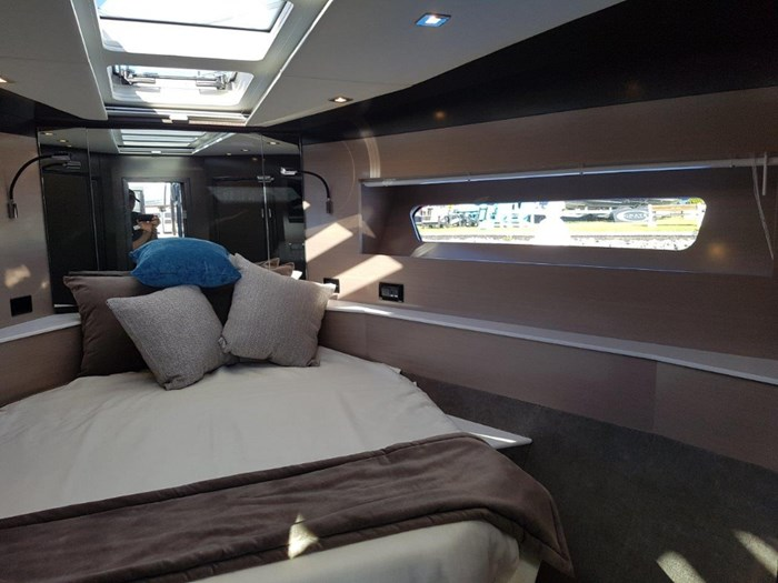 2020 Cruisers Yachts 54 Cantius Photo 26 of 35