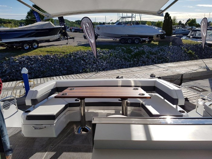 2020 Cruisers Yachts 54 Cantius Photo 30 of 35