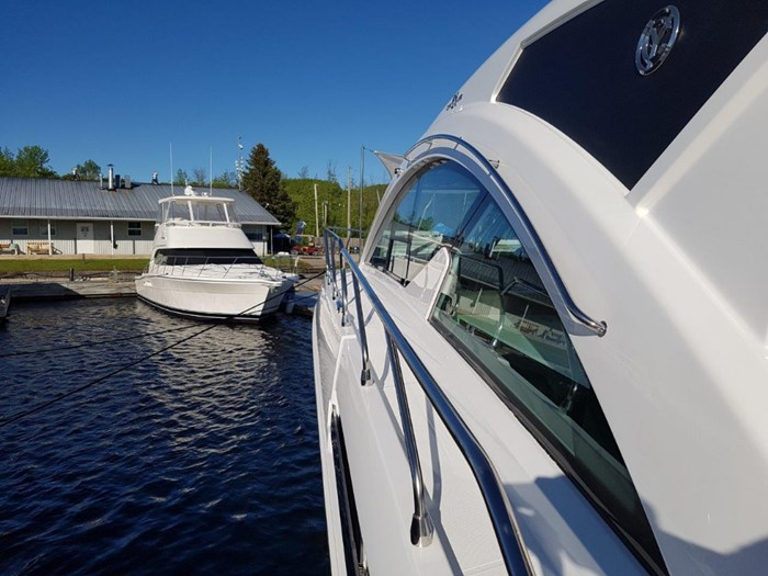2020 Cruisers Yachts 54 Cantius Photo 31 of 35