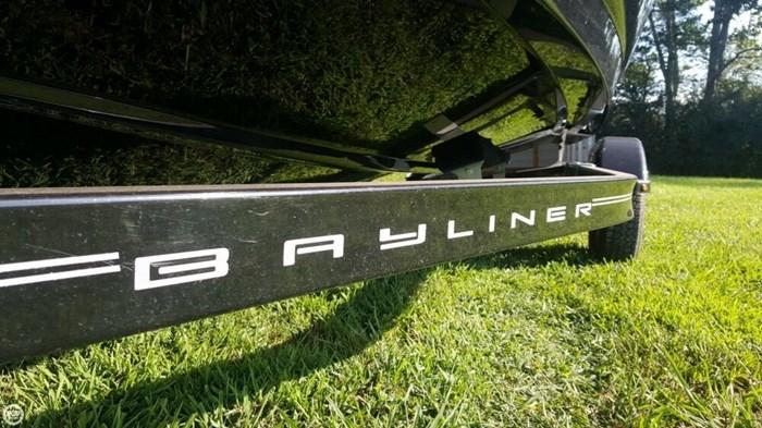 2016 Bayliner 175 Bowrider Photo 10 sur 20