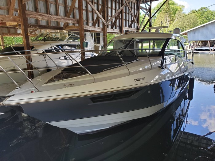 2018 Cruisers Yachts 45 Cantius Photo 3 sur 73