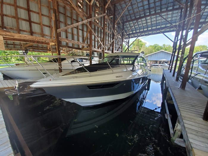 2018 Cruisers Yachts 45 Cantius Photo 4 sur 73