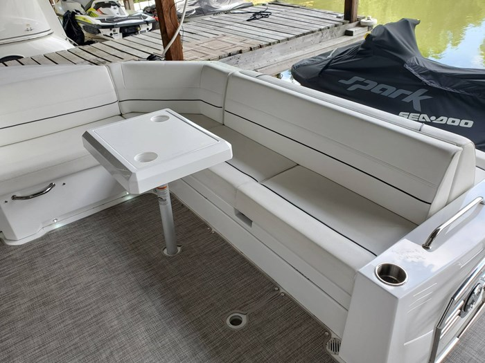 2018 Cruisers Yachts 45 Cantius Photo 21 sur 73