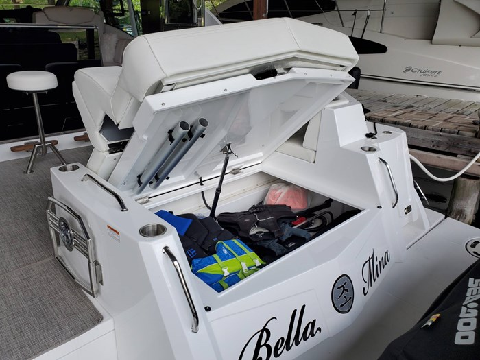 2018 Cruisers Yachts 45 Cantius Photo 23 sur 73