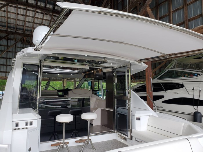 2018 Cruisers Yachts 45 Cantius Photo 25 sur 73