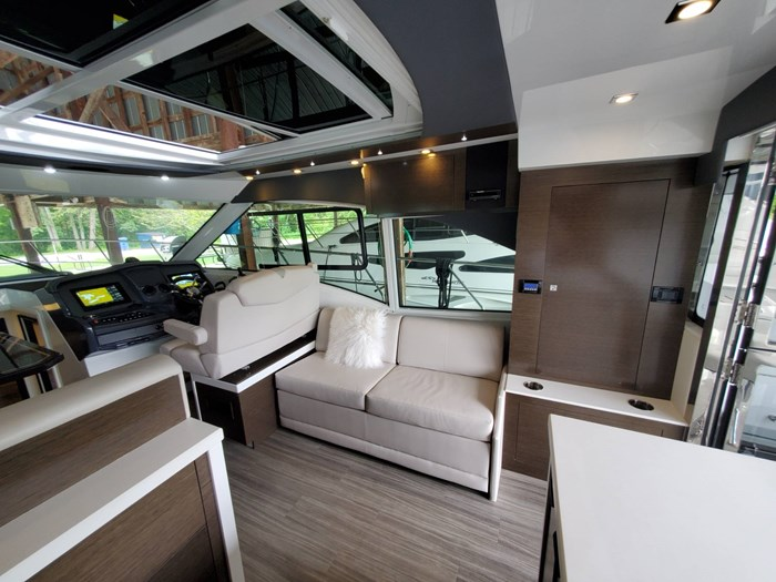 2018 Cruisers Yachts 45 Cantius Photo 34 sur 73