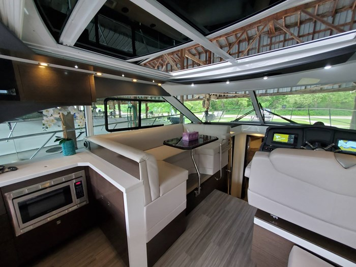 2018 Cruisers Yachts 45 Cantius Photo 37 sur 73