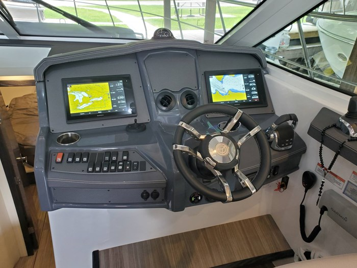 2018 Cruisers Yachts 45 Cantius Photo 39 sur 73