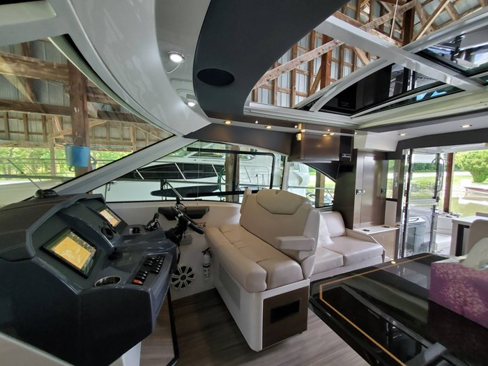 2018 Cruisers Yachts 45 Cantius Photo 41 sur 73