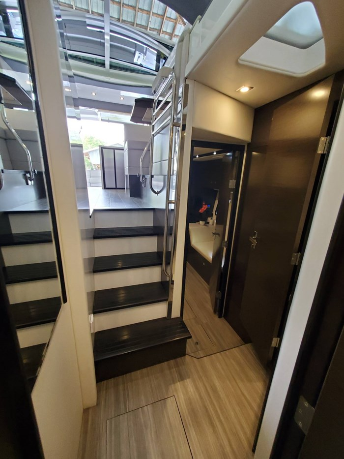2018 Cruisers Yachts 45 Cantius Photo 49 sur 73