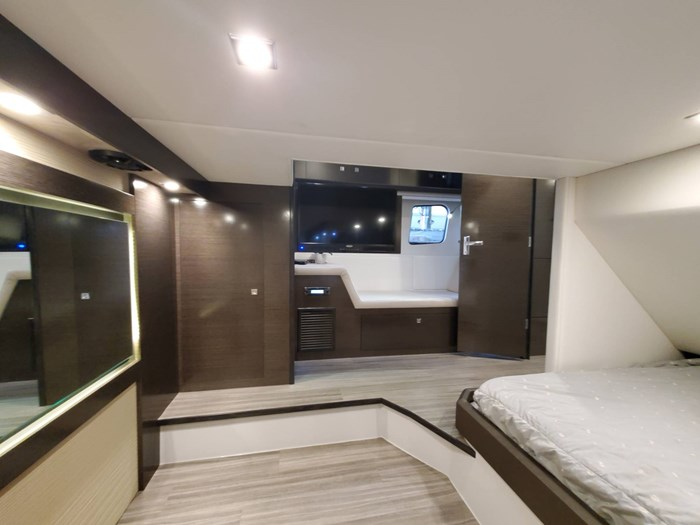2018 Cruisers Yachts 45 Cantius Photo 54 sur 73