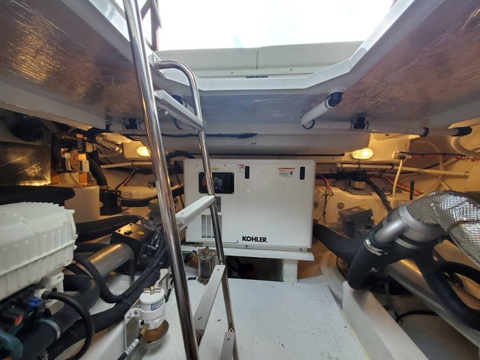2018 Cruisers Yachts 45 Cantius Photo 69 sur 73