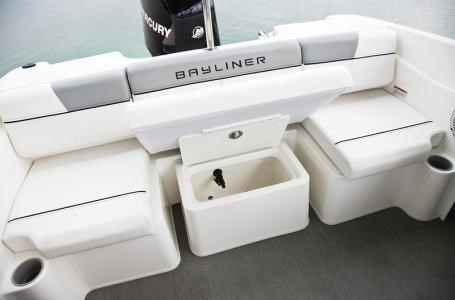 2017 Bayliner 170 Bow Rider Photo 3 sur 7