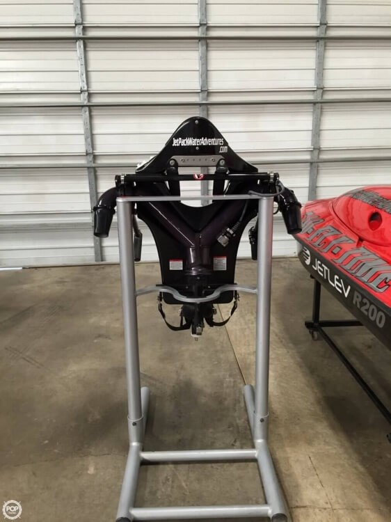 2012 JetLev R-200 Jetpack Photo 9 sur 11
