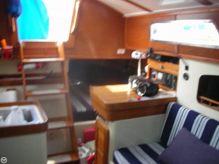 1985 Irwin Yachts Citation Photo 5 sur 20