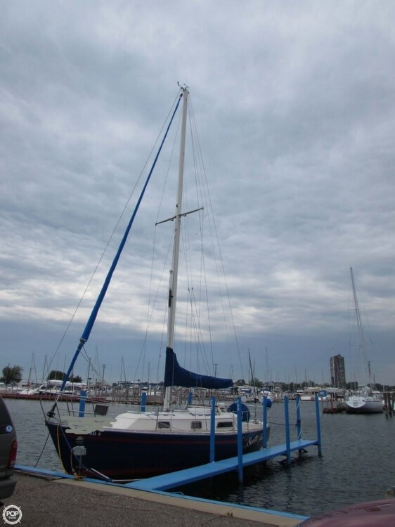 1985 Irwin Yachts Citation Photo 9 sur 20