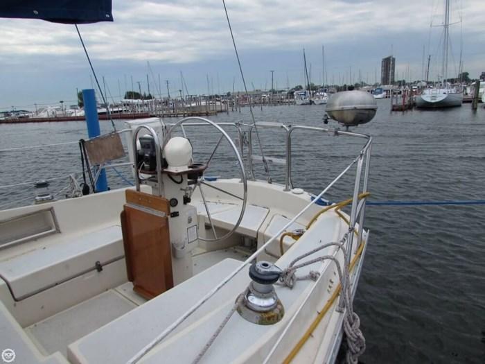 1985 Irwin Yachts Citation Photo 17 sur 20