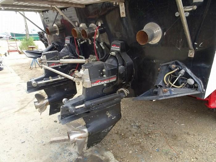 1984 Wellcraft 34 SCARAB III Photo 11 of 20