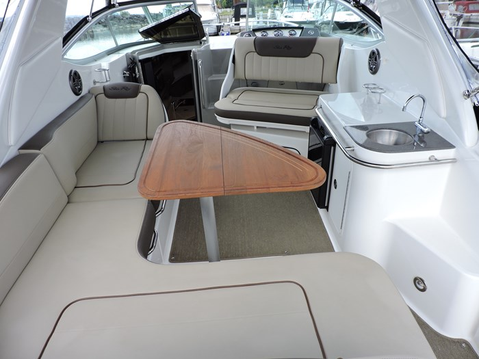 2014 Sea Ray 280 Sundancer Photo 13 of 50