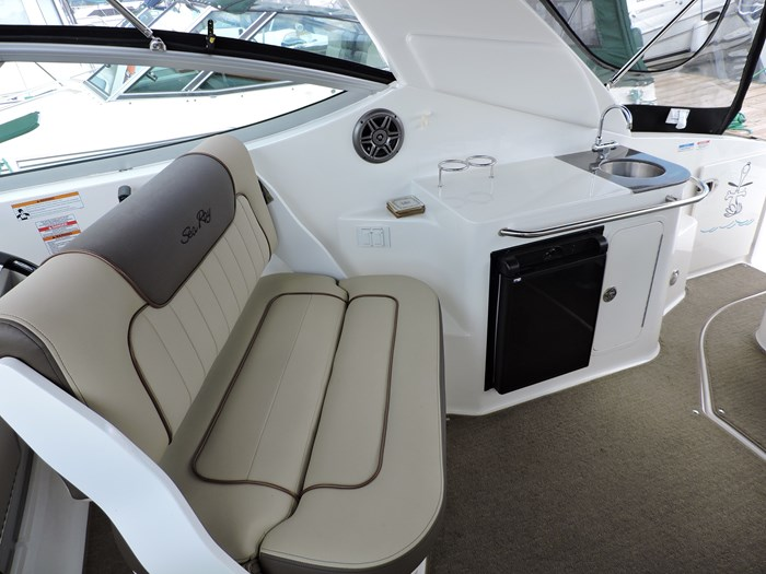 2014 Sea Ray 280 Sundancer Photo 16 of 50