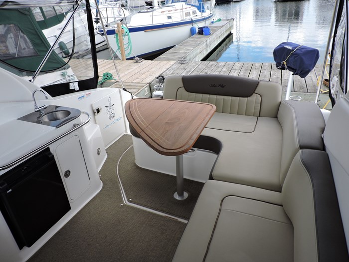 2014 Sea Ray 280 Sundancer Photo 17 of 50
