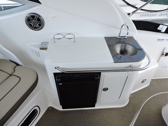 2014 Sea Ray 280 Sundancer Photo 18 of 50