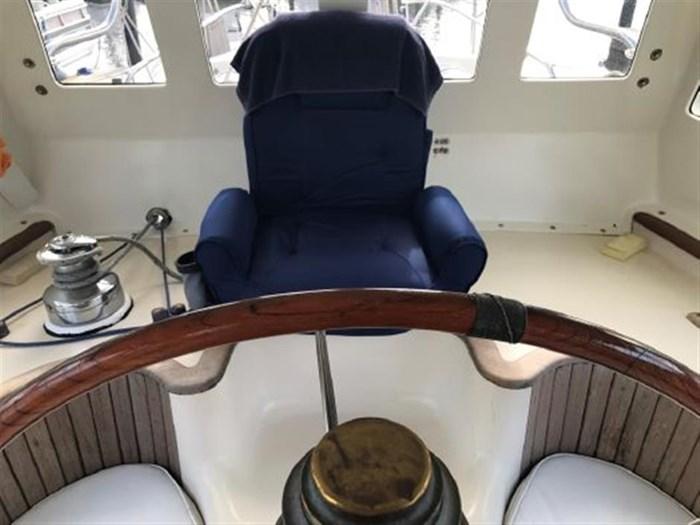 1985 Hans Christian Center Cockpit 48T Hull #5 Photo 13 of 18