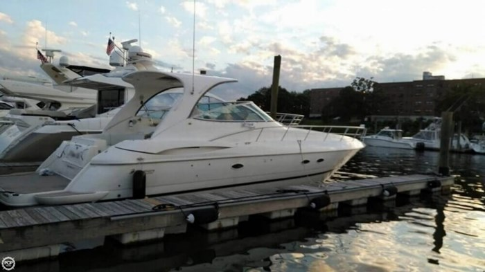 2003 Cruisers Yachts 4370 Express Photo 3 sur 20
