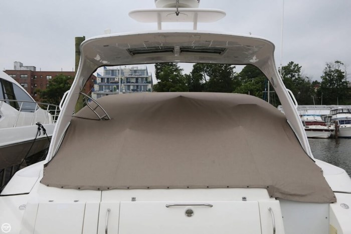 2003 Cruisers Yachts 4370 Express Photo 15 sur 20