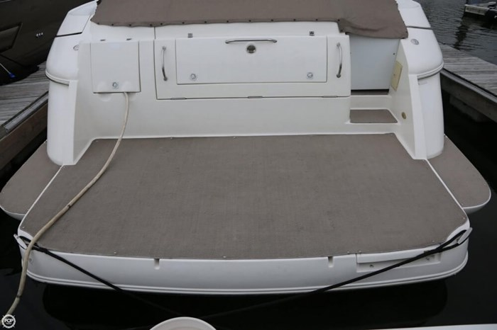 2003 Cruisers Yachts 4370 Express Photo 16 sur 20