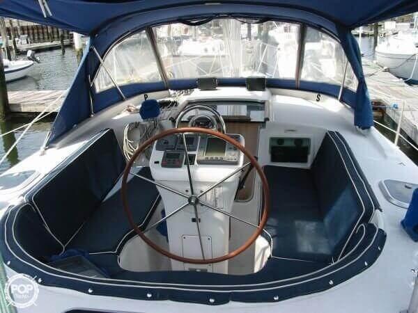 2000 Beneteau Oceanis 36 CC Photo 2 sur 20
