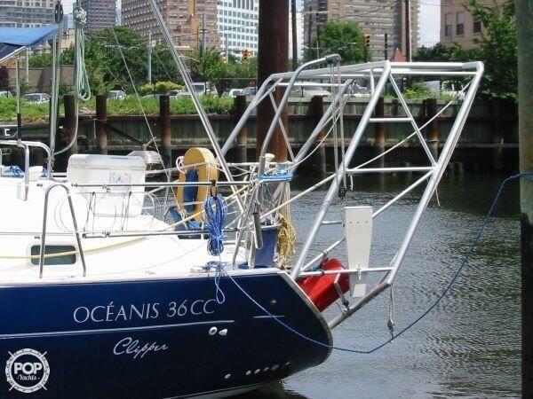 2000 Beneteau Oceanis 36 CC Photo 8 sur 20
