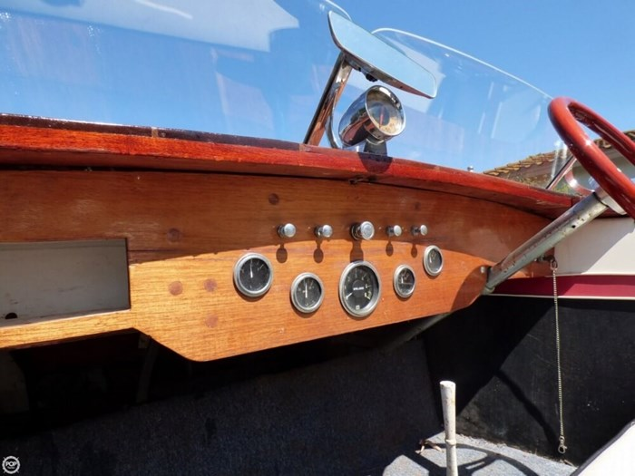1947 Chris-Craft 17 Deluxe Runabaout Photo 13 of 20