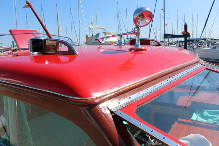 1952 Chris-Craft Super Deluxe Enclosed Photo 7 of 48