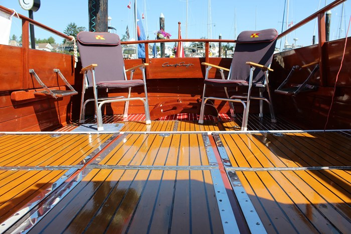 1952 Chris-Craft Super Deluxe Enclosed Photo 23 of 48