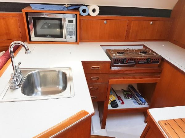 1984 Hunter 34 Sloop Photo 17 sur 29