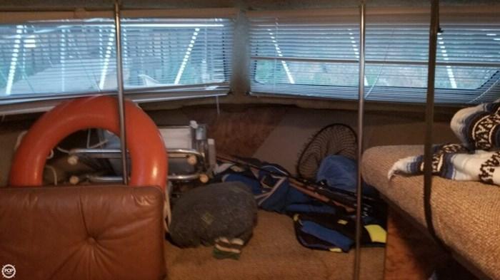 1984 Chris-Craft Catalina 281 Photo 7 sur 20