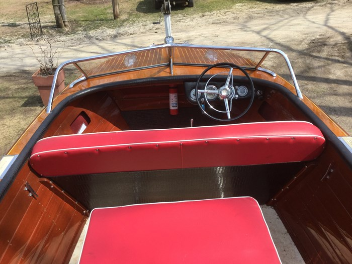 1956 Chris-Craft Continental Photo 2 of 7