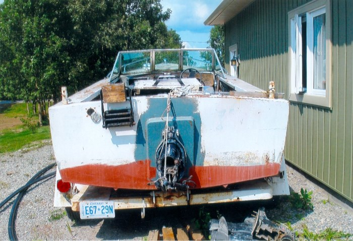 2000 17' Workboat (Needs Mechanical) With trailer Photo 2 of 5